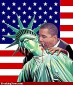 Barack-Obama-Vampire-Sucking-Statue-of-Liberty-70217a