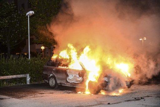 burning-car