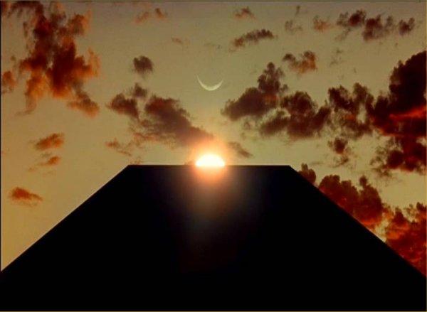 2001_monolith_dawn_man
