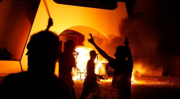 benghazi-on-fire