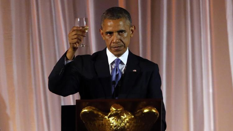 obama toasts dictators