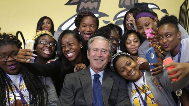 ct-video-bush-in-new-orleans-for-katrina-anniversary-20150828