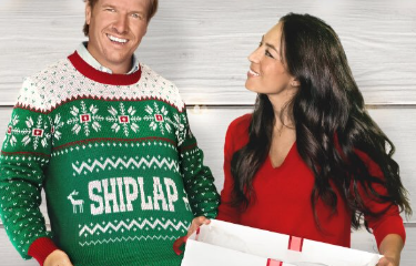 Anti Christian Buzzfeed Bigots Target Hgtvs Chip And Joanna Gaines